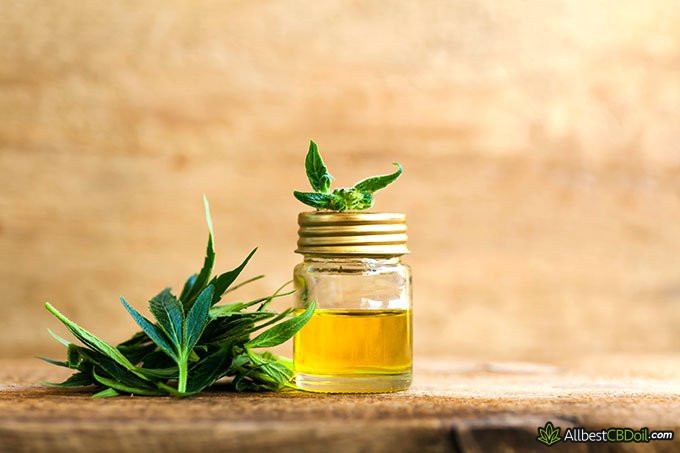 How to make CBD oil: CBD oil in a mason jar